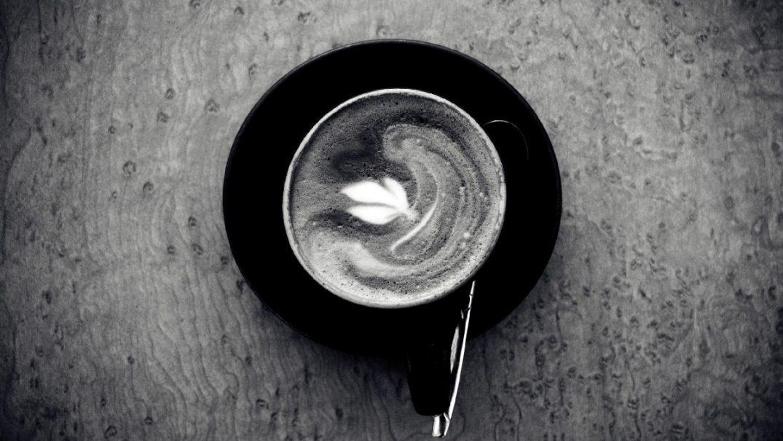 kofe_chernoe_i_beloe